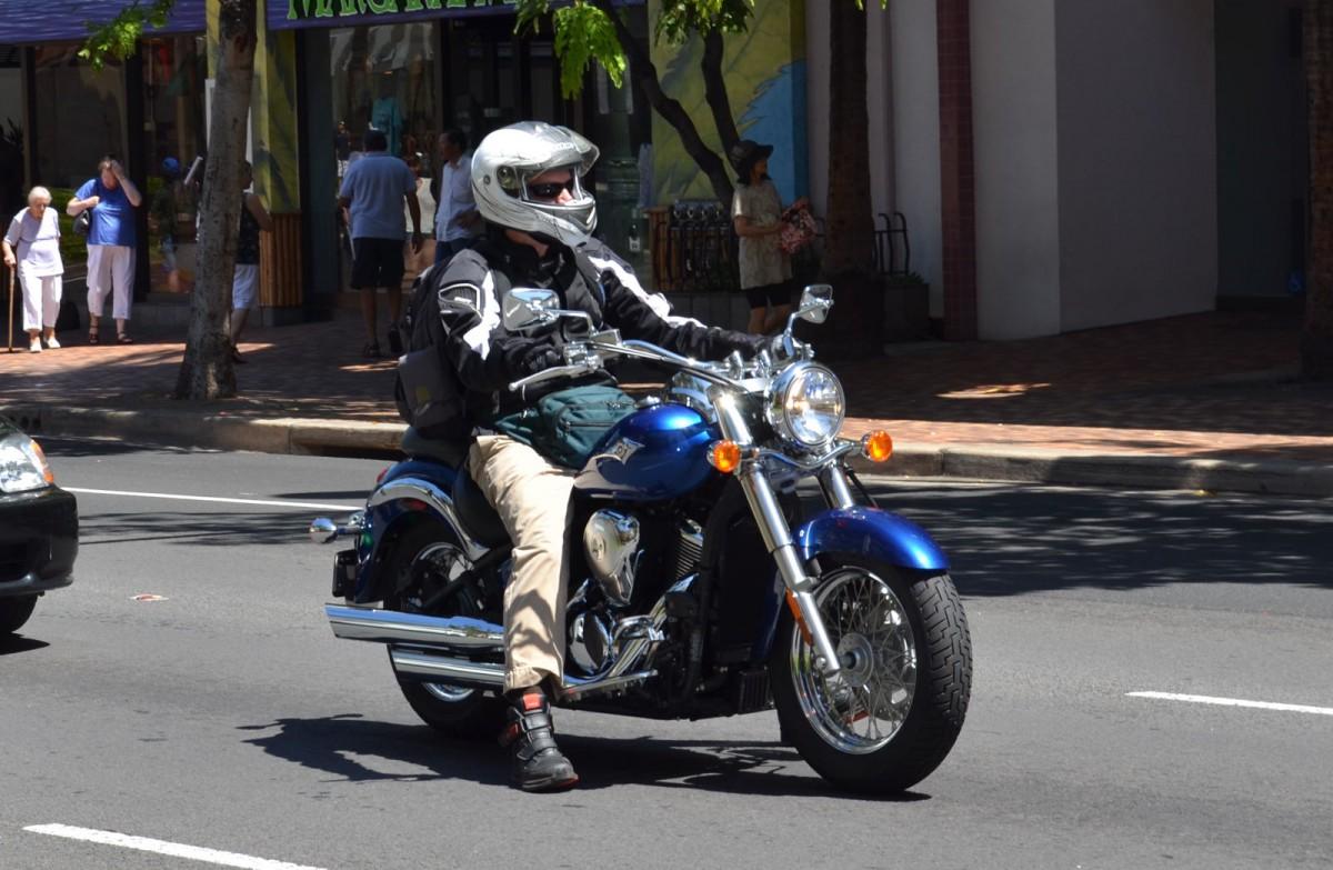バイクでオービスを光らせた場合、捕まるのか?